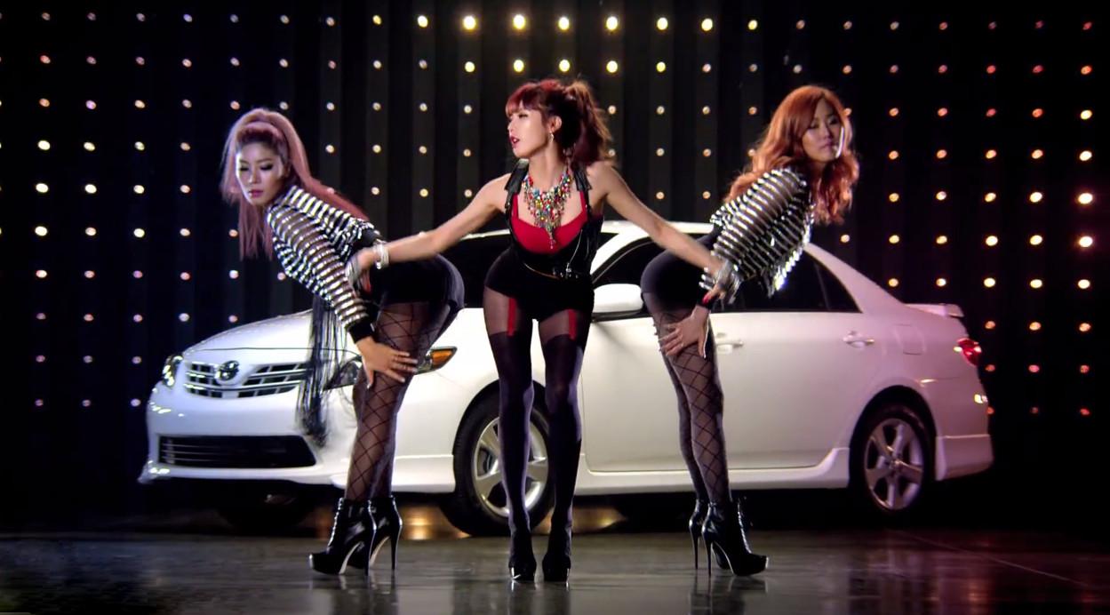 韓女團開腿撩陰「深色鮑邊」,網讚:想從後面給她鼓勵