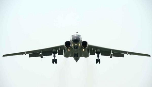 「空中梯队」飞机数量破纪录! 轰-6k首次公开亮相