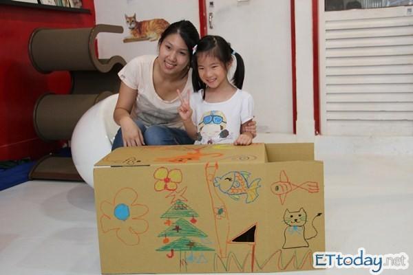 帮它做个家!小孩手绘纸箱猫屋 「猫监工」直接验货