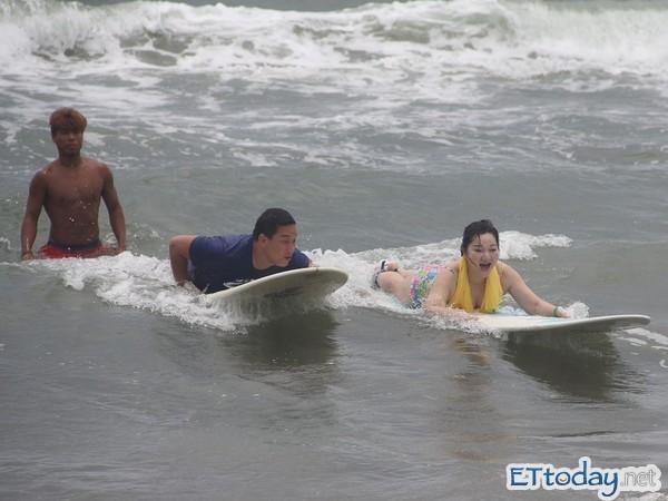 海边游泳可怕一幕