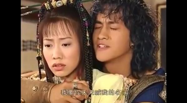 何润东14年前这样拍《风云》! 听女主角叫名字就高潮图片