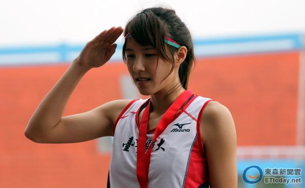 女子三级跳陈婷_没有太多时间练习,但洪珮宁不愧是国内女子三级跳顶尖选手,在大专田径