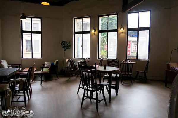 中山站三角窗老屋咖啡馆!松饼与奶茶的简单幸福感