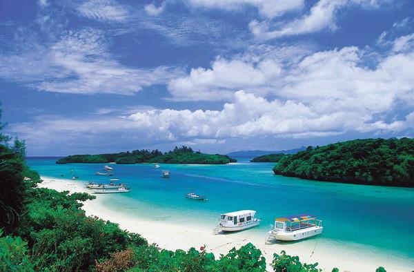 熱浪來襲!沖繩消暑去~邂逅美麗海水族館(圖/(財)沖繩觀光會議局提供)
