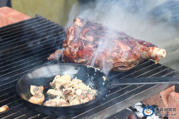 東區BBQ派對夏季周末限定 炭悶全雞、慢烤羊腿誘人