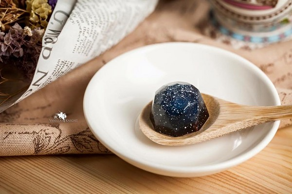 快來網絡各大行星!心愛又迷幻的星球巧克力