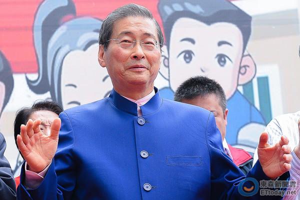 竹联帮张安乐_「白狼」张安乐率众抗议 蔡英文看窗外:人还不少