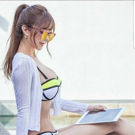 韓國視訊主播,童顏身材超級「胸」,簡直是真人版「娜美」