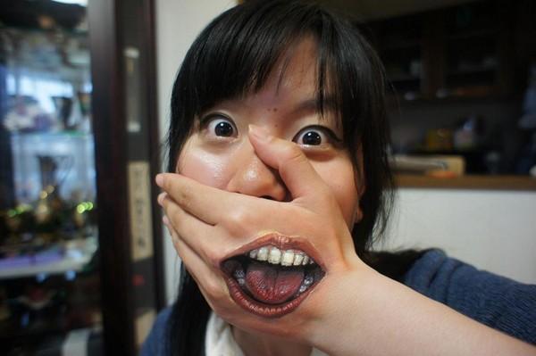 日本华人大但人体_日女大生超大胆「画皮」 逼真人体彩绘让人怕怕