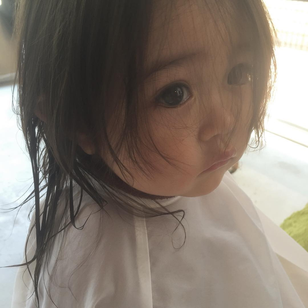 国际 国际 2016年06月12日 19:31  一位日本可爱萝莉小女孩照片登上