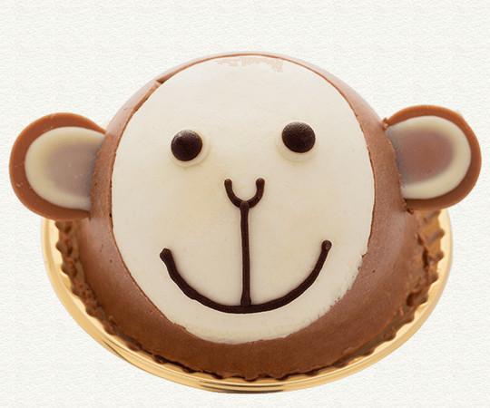 酸酸們喜歡吃甜點嗎?本蛋擁有「甜點都裝在另一個胃」裡的超能力!因此最喜歡一些有的沒的、可愛的點心了!而今年夏天在東京,由「甜點燕尾(Patisserie Swallowtail)」推出的: 動物蛋糕:        水族館蛋糕:      每一樣都超級無敵的可愛啊!酸酸們最想要吃哪一種?本蛋好想吃吃看羊咩咩的!可是夏天想吃清涼感蛋糕,好像海豚的也很不錯.