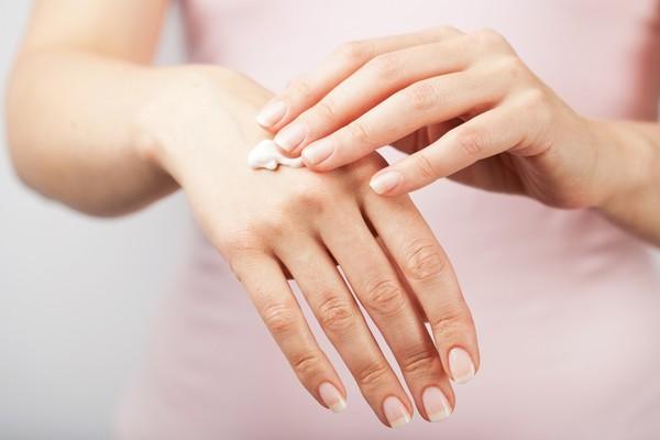 惯用手指甲真的比较长 关於 它 7个秘密快低头看
