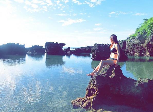 游客封台版「小马尔地夫」!南台湾绝美石滩仙境