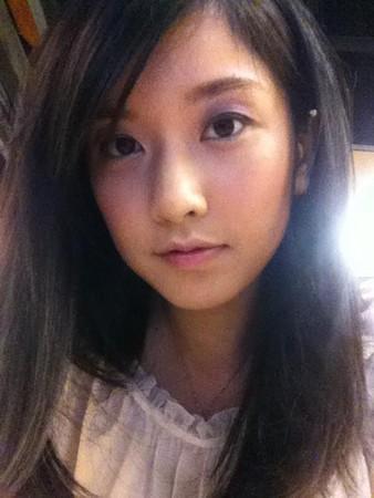 正妹主播李佳玲自封台风女神 用可爱求 杜苏芮 退散图片 40166 338x450