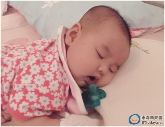 宝宝 壁纸 孩子 小孩 婴儿 557_430