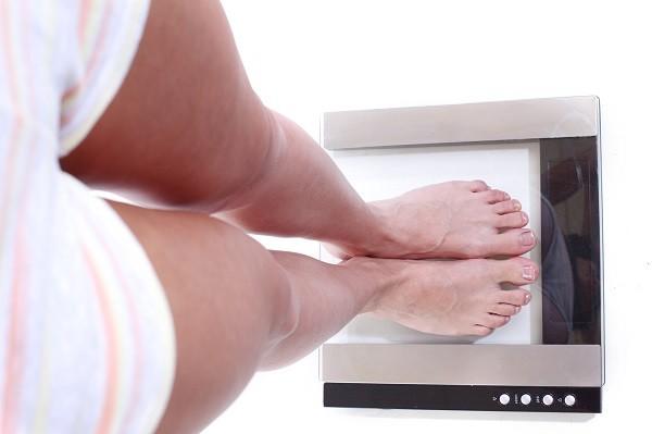 量體重,體重計,減肥,減重,體重,瘦身(圖/達志/示意圖)