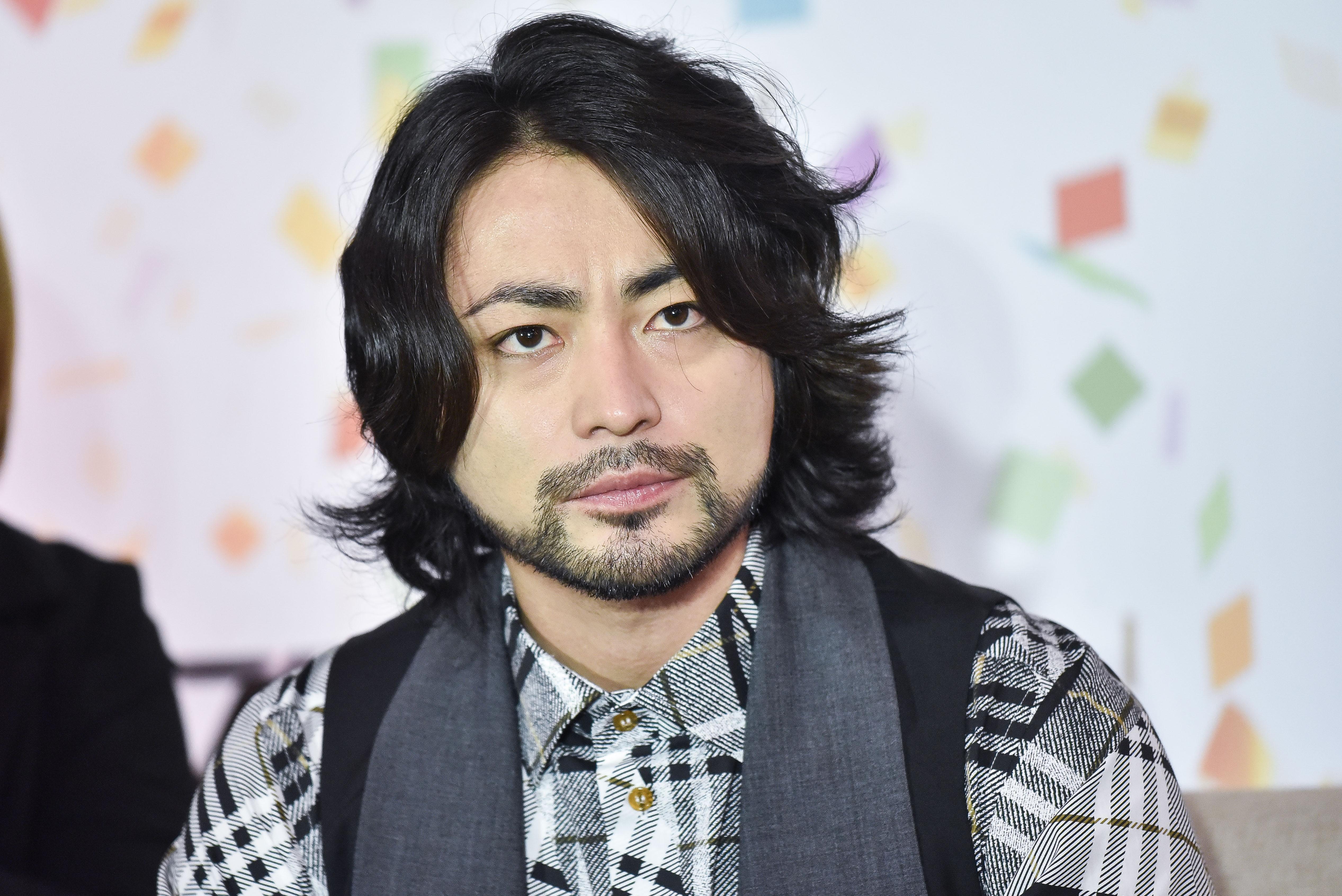 记者李�_日星山田孝之宣传电影《黑金丑岛君3》.(图/记者李毓康摄)