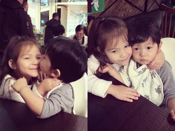 max亲吻混血小女孩脸颊,2人搂在一起超可爱!(图/翻摄自隋棠脸书)