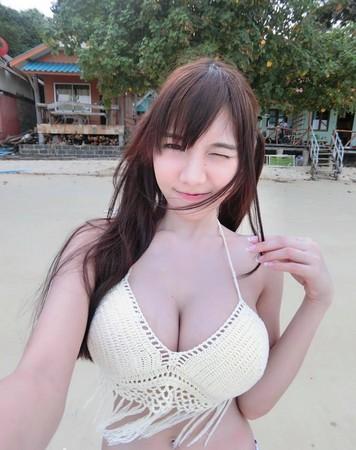 泰国棒糖妹