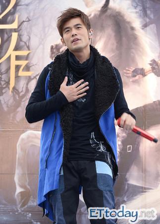 爆料主办单位原本想安排最佳男歌手入围者周杰伦,萧敬腾,林宥嘉图片