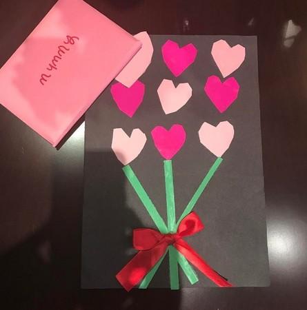 5岁哈珀亲写卡片告白 「可以当我的情人吗?」