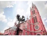 ▲位於越南的粉紅色教堂。(圖/翻攝自IG)