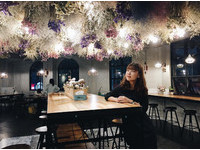 ▲奇幻地咖啡館 • Wonderland cafe。(圖/IG@09_06nn提供,請勿隨意翻拍,以免侵權。)