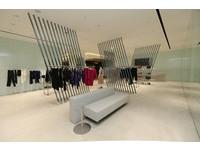 ISSEY MIYAKE在台中大遠百開設男女裝大店,楊乃文、洪翊展站台。(圖/品牌提供)