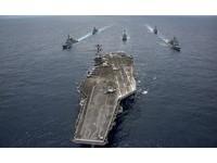 卡爾文森號與海上自衛隊在菲律賓海軍演。(圖/翻攝自美國海軍官網)