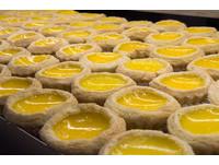 檀島香港茶餐廳登台 必吃192層酥皮蛋撻及港式菠蘿油。(圖/黃士原攝)