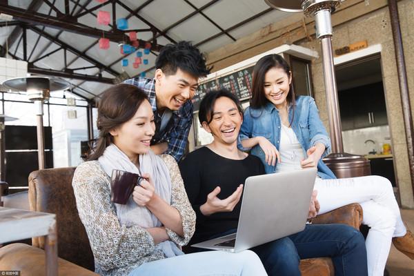 男女,創業,創造力,創意,年輕人,青年,活力,夢想,討論,熱情,團隊(圖/視覺中國CFP)