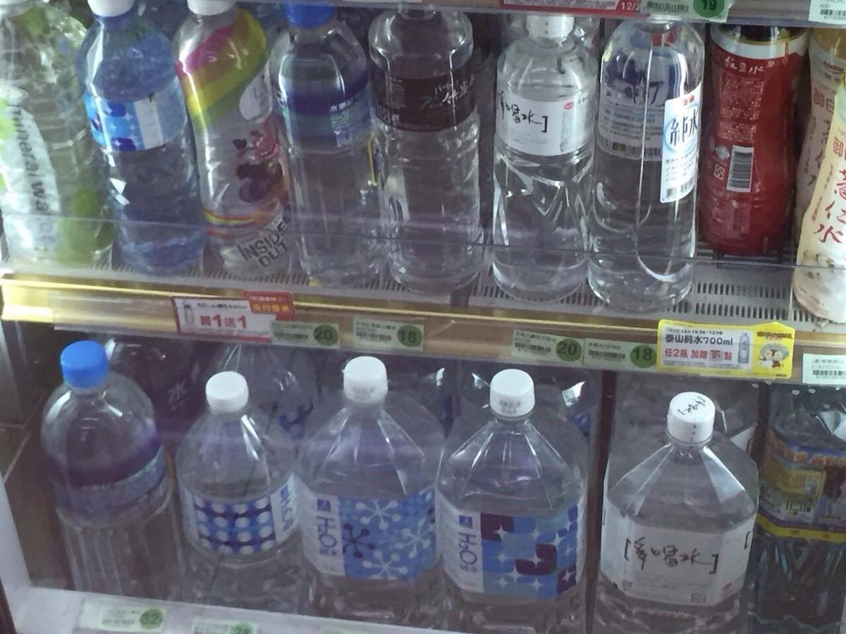 水,礦泉水(圖/記者李佳蓉攝)