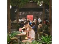 ▲那個那個咖啡-台中秀泰店(圖/網友juifoodies、oftenchang、fuchikolovefood、y.ch25、提供,請勿隨意翻拍,以免侵權。)