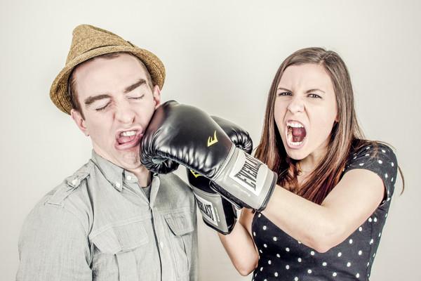 名家用圖,拳擊,男女,感情,兩性(圖/翻攝自StockSnap)