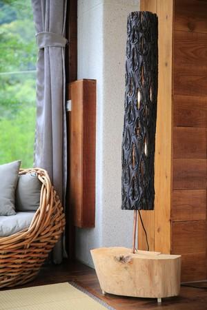木頭人蓋民宿 敲打出滿屋子溫度