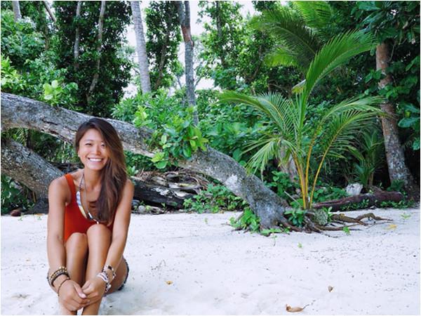 嚐過自由就很難再回頭!甜美空服員Jenny轉行當海島導遊。(圖/翻攝自jennylibra7 ig)