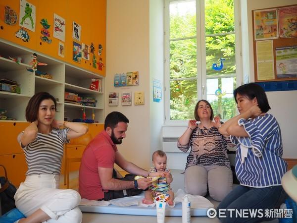 ▲范范與柳燕老師到法國學小孩肌膚保養。(圖/記者黃阡阡攝)