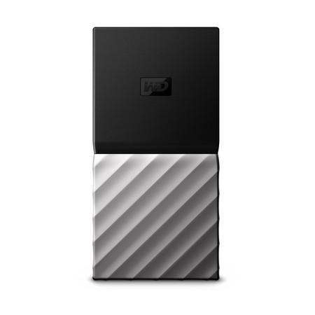 質感足、有防撞的極速隨身碟WD My Passport SSD上市。(圖/記者莊友直攝)