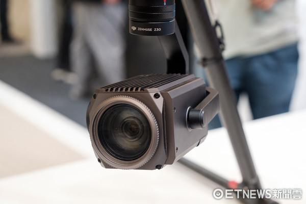 经纬相机_主要的设计其实是供经纬 m100 与 m600 两款专业空拍机使用的云台相机