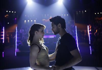 《舞力全开》原班团队新作!「街舞尬印度舞」预告嗨爆