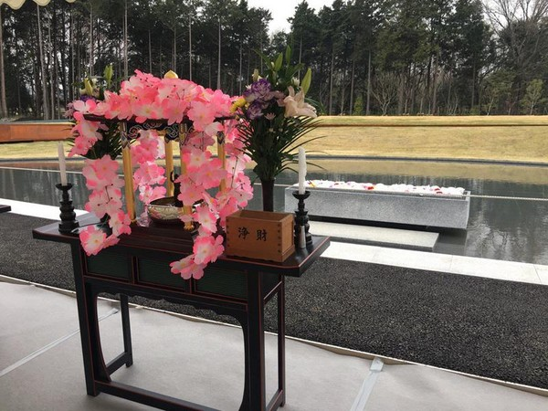 家墓文化消逝 日本「墓地設計師」讓大家死後和陌生人共眠!