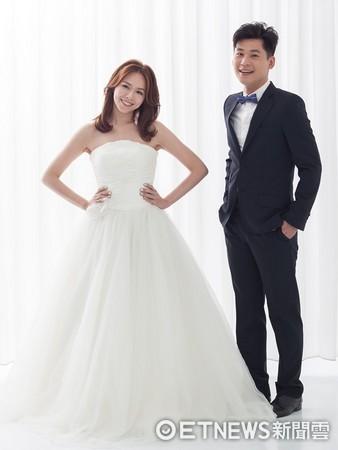 ▲夏于喬和黃迪揚婚紗照。(圖/全民大劇團提供)