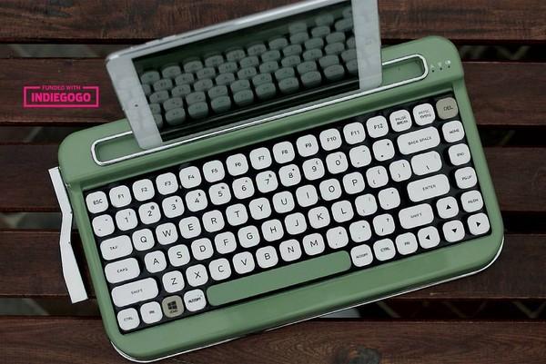 ▲打字機藍牙鍵盤penna(圖/翻攝自Elretron Facebook)