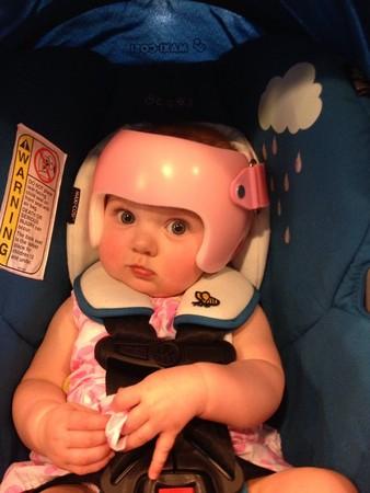 「安全帽寶寶」(圖/翻攝自Buzzfeed)
