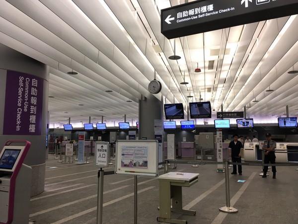 ▲微風進駐A1機場捷運,運量破千萬人次前夕推伴手禮促銷。(圖/微風提供)