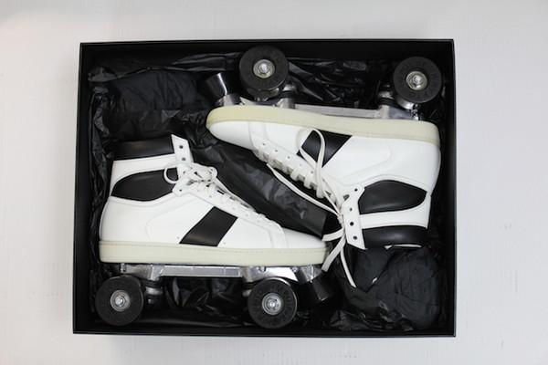 ▲Saint Laurent推「高跟溜冰鞋」(圖/翻攝自blog.momu.be)