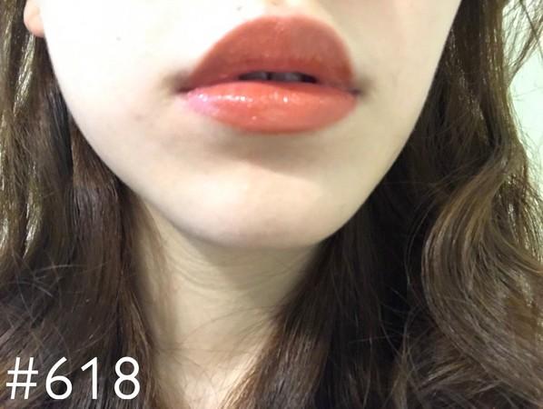 ▲巴黎萊雅玫瑰風暴唇膏試色。(圖/記者黃阡阡攝)