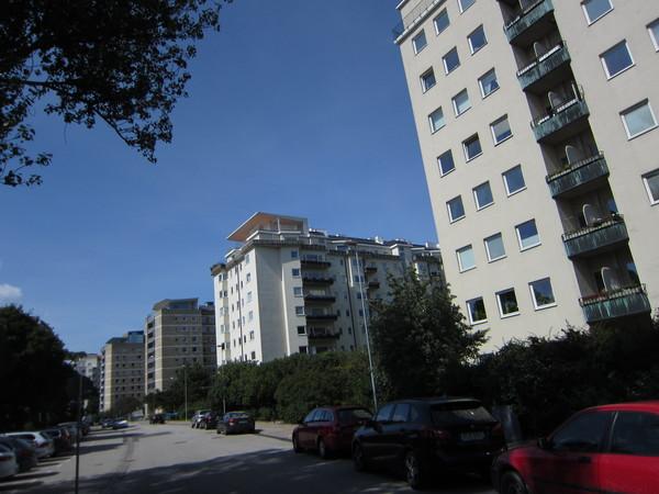 ▲▼為了增加可比性,特別拜訪了有幾百戶居民的集合住宅社區,您可以信嗎?這個社區建於1940年代,這些建築物已經有七十年的歷史了。(圖/郭紀子提供)