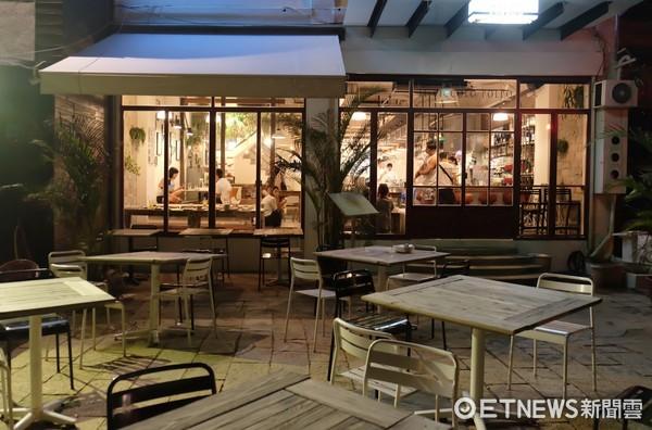 ▲墾丁餐廳,迷路小章魚。(圖/台灣記者朋友于佳云攝)