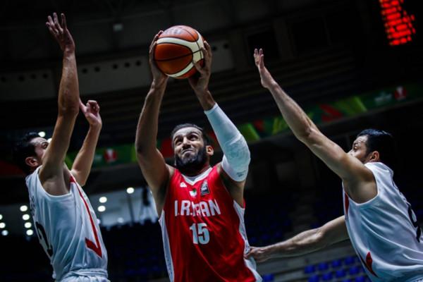 ▲亞洲盃,伊朗15號哈達迪(hamed haddadi);約旦23號奧拉迪(Mousa Alawadi)。(圖/截自FIBA官網)